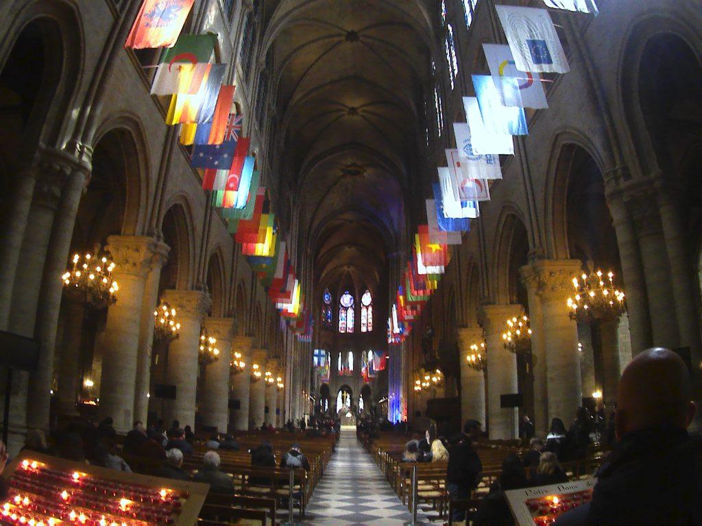 Notre-Dame de Paris, navata maggiore