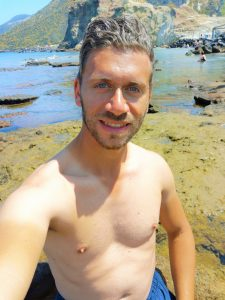 Giovanni-travel-blogger